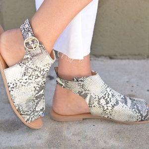 Shoes - Snakeskin Sandal